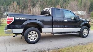 2009 F-150 XLT 4X4 BLACK BEAUTY MUST SEE Prince George British Columbia image 2