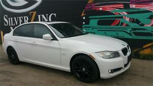 2011 BMW 323i*Sunroof *Leather *Heated Seats