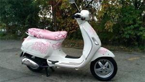 SCOOTER : VESPA 50 , ( LX 50 ) MODIFIE, ALEX BERTHIAUME-LAVAL