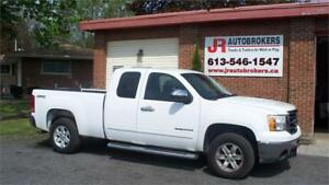 2013 GMC Sierra 1500 SLE Ext Cab 4X4 - 5.3L Short Box!!!