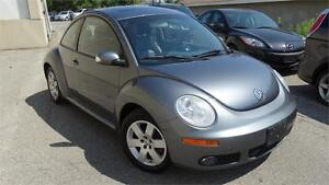 2007 Volkswagen New Beetle Coupe with safety