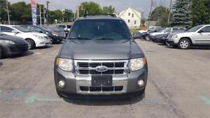 2010 Ford Escape Limited LEATHER 4X4 SUNROOF IN MINT CONDITION