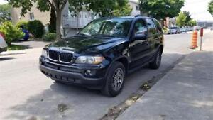 BMW X5 3.0i 2004 Tout équipé propre et roule bien ***3400$***