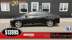 2012 TOYOTA CAMRY SE SEDAN - CRUISE, BLUETOOTH, HEATED LEATHER