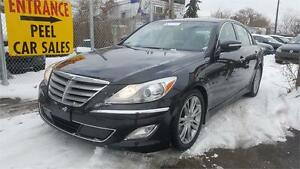 2012 Hyundai Genesis w/Tech Pkg**3 YEARS WARRANTY INCLUDED**