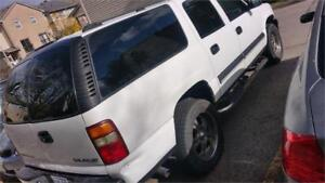 4x4, 8seats, 2005 chevrolet subrban, leather