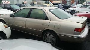 Toyota Camry 2001 automatique $999. Alain 514-793-0833.