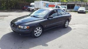 2004 VOLVO S60 2.5 AWD------CUIR*TOIT*MAGS