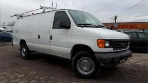 2005 Ford E250 Extended Cargo van, Roof Rack, ONLY 94000km!