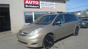 TOYOTA SIENNA CE 2007 ** 8 PASSAGERS **