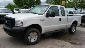 2006 Ford F-250 XL 4x4, 4 Doors, Tow package, Back Rack, AC!