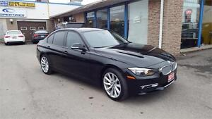 2013 BMW 3 Series 320i xDrive*LEATHER* SUNROOF *KEY LESS TO GO *