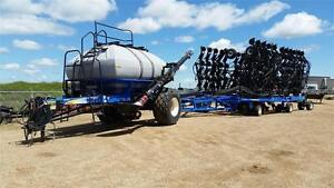 2011 New Holland P2070 w/ New Holland SC430 Air Drill