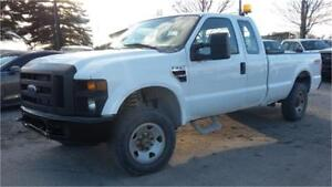 2008 Ford F250 4x4 OFF ROAD! 4 Doors, 8 Foot Box, Tow Package!