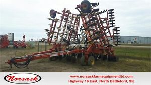 5710-40 Bourgault Drill