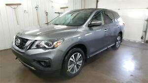 2017 Nissan Pathfinder S V6 4X2 3rd Row, Back-Up Cam, Bluetooth,