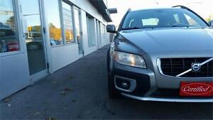 2008 Volvo XC70 3.2L AWD Clean Vehicle Accident Free.