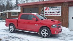 2013 Ram 1500 Sport Crew Cab 4X4 HEMI - FULLY LOADED!