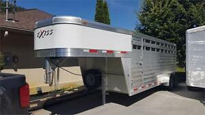 2017 Exiss 20 Ft Stock GN Trailer w. Spare and Slider in Divider
