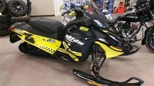 Used Snowmobile - Skidoo 1200 MXZ RevXR Snowmobile