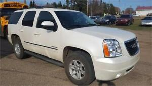 2011 GMC Yukon SLT  Low KMS SLT w/1SC