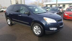 2010 Chevrolet Traverse LS (WITH WARRANTY)