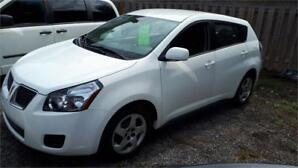 2009 Pontiac Vibe-Low kms Excellent Condition-gas saverCertified