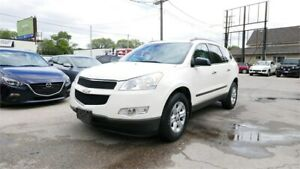 2010 Chevrolet Traverse 1LS//AWD//8 Pass//1 Year Warranty