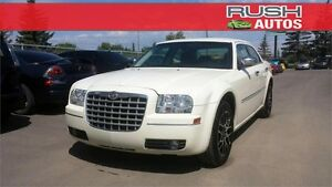 2010 Chrysler 300 Touring *AFTERMARKET ALLOYS, IND. SUSPENSION*