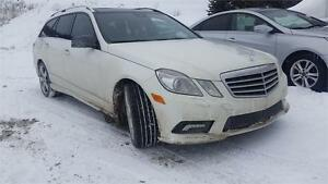 2011 MERCEDES E350 WAGON , 3.5 LIT , CUIR , TOIT PANORAMIC,AWD