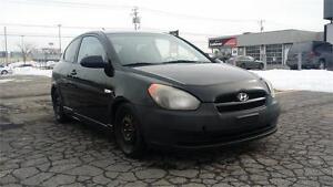 2008 Hyundai Accent, Model SPORT, propre, economique, PAS CHER