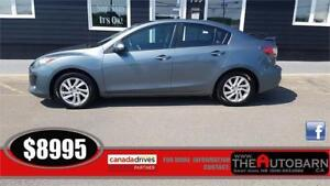 2012 MAZDA 3 GS-Sky - 6 SPEED MANUAL, MOONROOF, HEATED SEATS