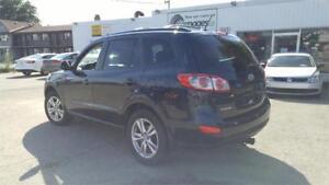 2011 Hyundai Santa Fe   AWD   Heated Seats   One Owner  