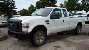 2010 Ford F-250 XL 4x4, 4 Door, 8 Foot Long Box, Tow package!