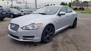 2009 Jaguar XF Premium Luxury Sedan - No Accidents, Certified