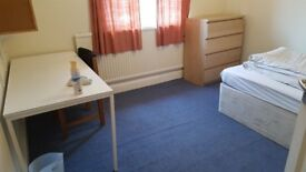 Rooms available in a five bedroom property located in Headington