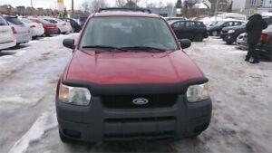 Ford escape 2003 rien a faire dessus