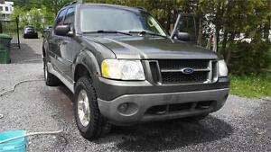 2003 Ford Explorer Sport Trac XLT Commodité