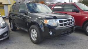 2010 Ford Escape XLT,LEATHER,AWD