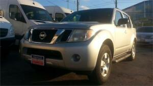 2008 Nissan Pathfinder 4WD, V6, 7 PASS, No accidents
