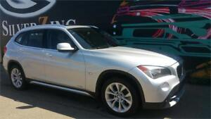 2012 BMW X1 AWD 28i *Pano Roof *Conv. & Premium Pkg *Htd Seats