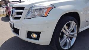 2011 Mercedes-Benz  GLK 350 W4 IN MINT CONDITION FULLY LOADED