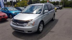 2010 Kia Sedona LX in mint condition only 92,952km