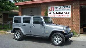 2014 Jeep Wrangler Unlimited Sahara - Fully Loaded and Spotless!