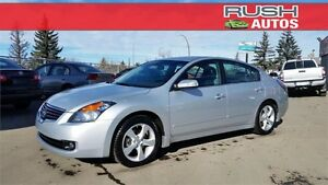 2009 Nissan Altima 3.5 SE **Leather, Sunroof, Low KM**