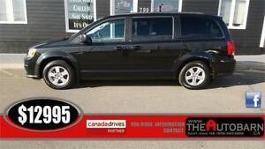 2012 DODGE GRAND CARAVAN SXT- Auto, cruise, bluetooth, nav, dvd