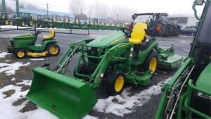REDUCED PRICE!! 2018 JOHN DEERE 2025R TRACTOR WITH ATTACHMENTS