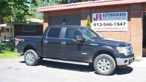 2014 Ford F-150 Ecoboost XLT XTR Supercrew 4X4 - Super Low Kms