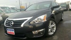 2013 Nissan Altima 2.5 SV / 34,000k / SUNROOF / HEATED SEATS