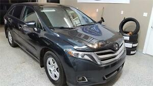 2014 Toyota Venza Ltd AWD   Includes FREE Warranty